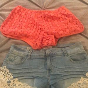 Ladies melon color shorts, denim crochet